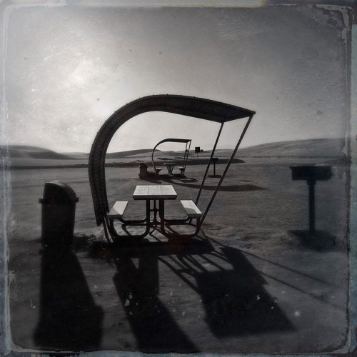 white sands picnic table