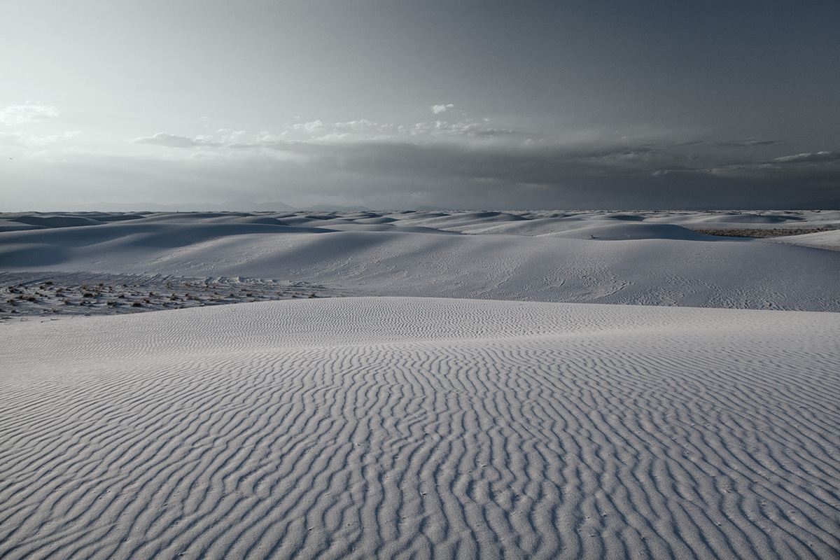 white-sands-dunes-landscape-dusk